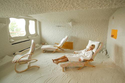 artificial salt room